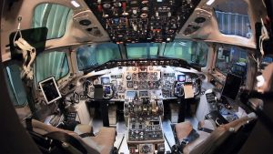 iPad electronic flight bag MD-80 cockpit